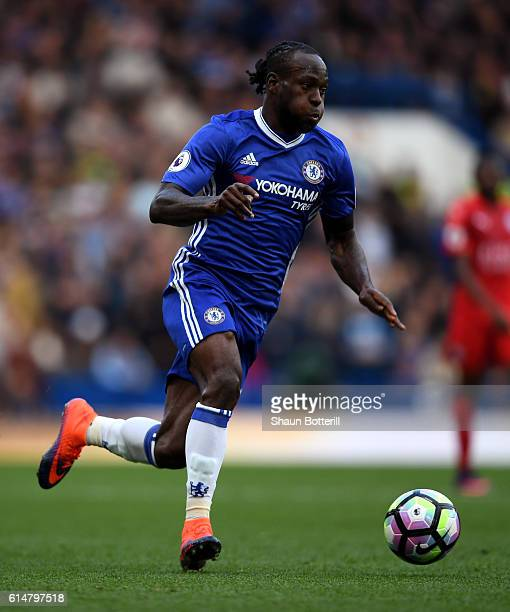 Victor Moses of Chelsea in action during the Premier League match between Chelsea and Leicester City at Stamford Bridge on October 15 2016 in London...