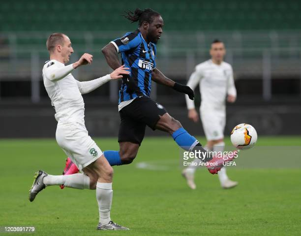 Victor Moses of FC Internazionale is challenged by Anton Nedyalkov of PFC Ludogorets during the UEFA Europa League round of 32 second leg match...