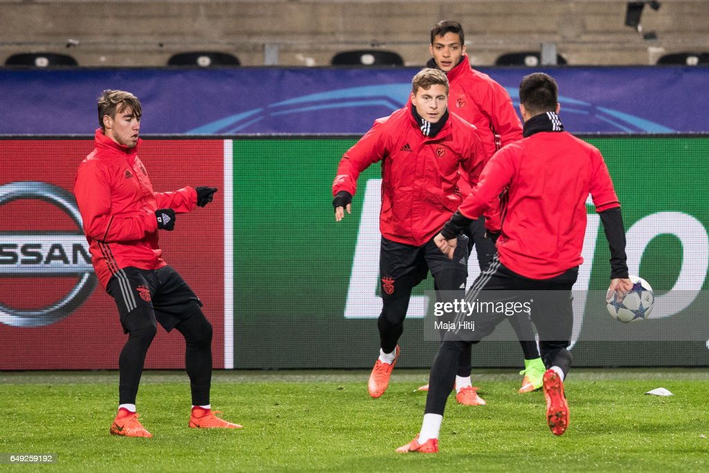 Victor Nilsson Lindeloef (2L) and team of Benfica warm up during the training prior the UEFA Champions League Round of 16 second leg match between Borussia Dortmund and SL Benfica at Signal Iduna Park on March 7, 2017 in Dortmund, Germany.
