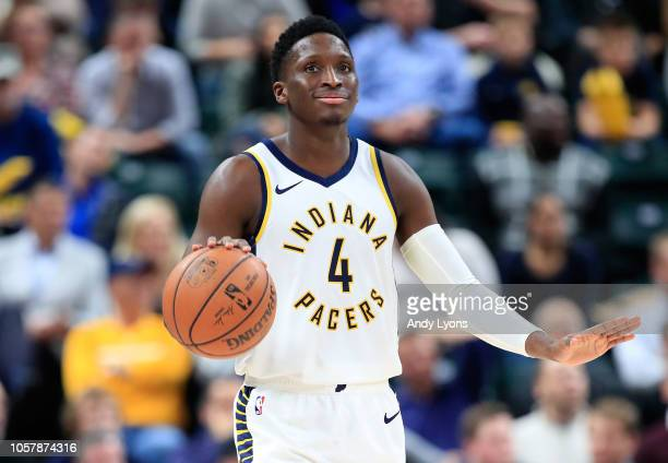 Victor Oladipo of the Indiana Pacers dribbles the ball against the Houston Rockets at Bankers Life Fieldhouse on November 5 2018 in Indianapolis...