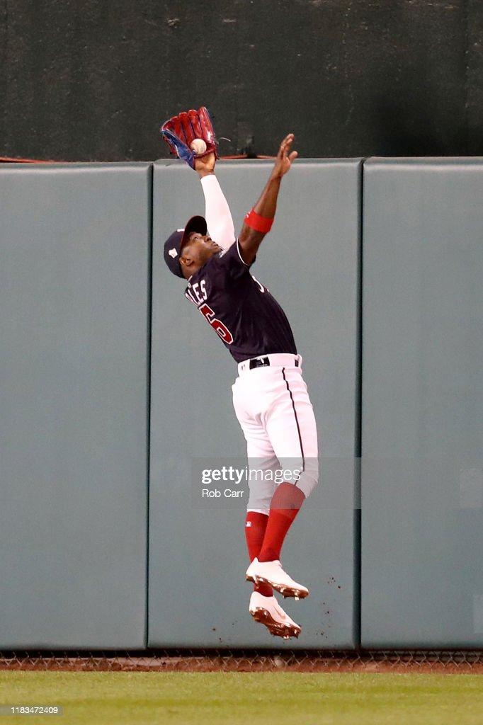 World Series - Houston Astros v Washington Nationals - Game Three : ニュース写真