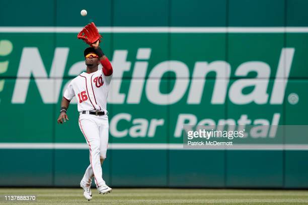 Victor Robles of the Washington Nationals catches a fly ball hit by Pablo Sandoval of the San Francisco Giants in the sixth inning at Nationals Park...