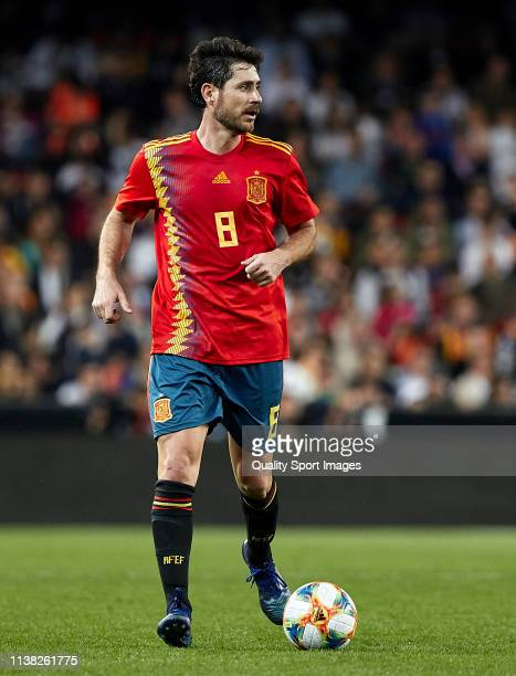 Victor Sanchez Del Amo of Spain Legends with the ball during the friendly match of the celebrations of the club's 100 year history between Valencia...