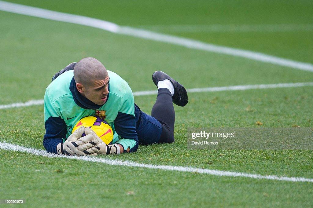 FC Barcelona Training Session : News Photo