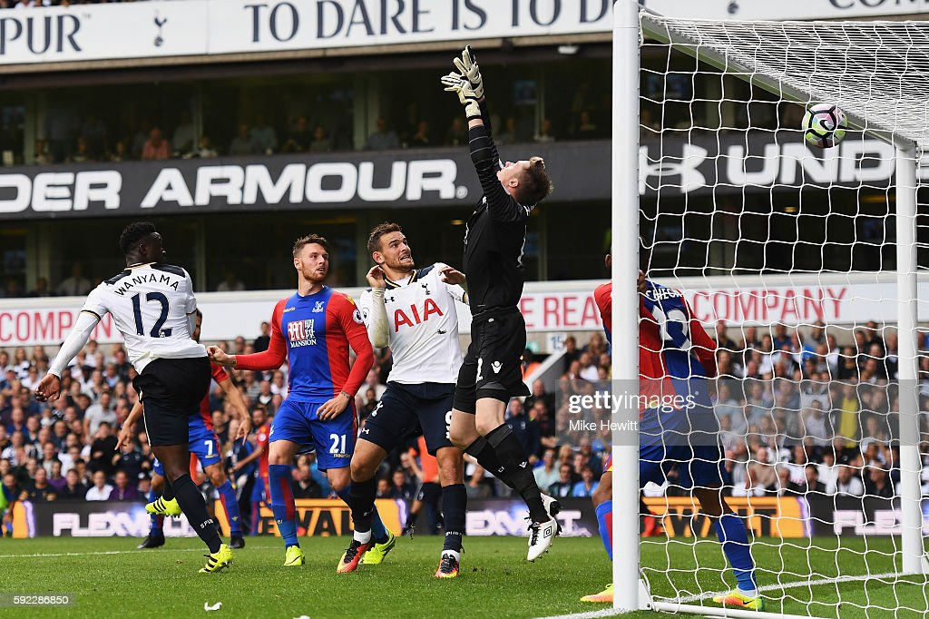Victor Wanyama of Tottenham Hotspur scores his sides first goal during the Premier League match between Tottenham Hotspur and Crystal Palace at White Hart Lane on August 20, 2016 in London, England.