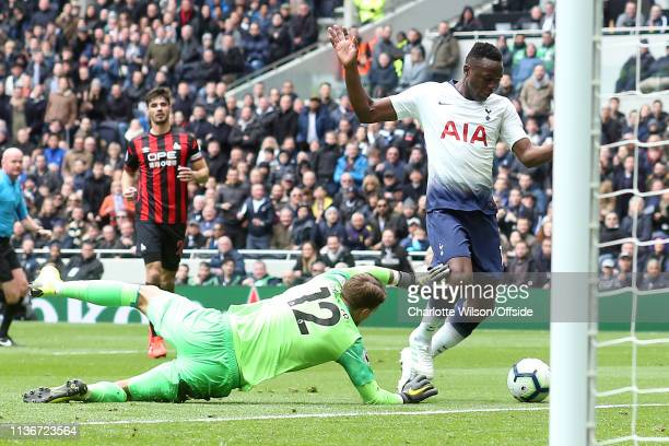 Victor Wanyama of Tottenham scores the opening goal during the Premier League match between Tottenham Hotspur and Huddersfield Town at Tottenham...