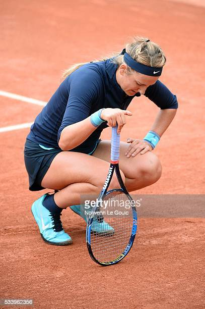 Victoria Azarenka injured during the Women's Singles first round on day three of the French Open 2016 at Roland Garros on May 24 2016 in Paris France