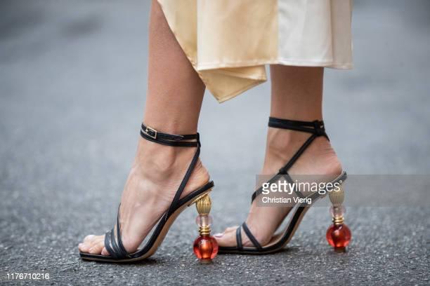 Victoria Barbara is seen wearing Jacquemus heels during Milan Fashion Week Spring/Summer 2020 on September 22, 2019 in Milan, Italy.