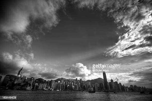 victoria bay - hong kong - didier marti stock photos and pictures