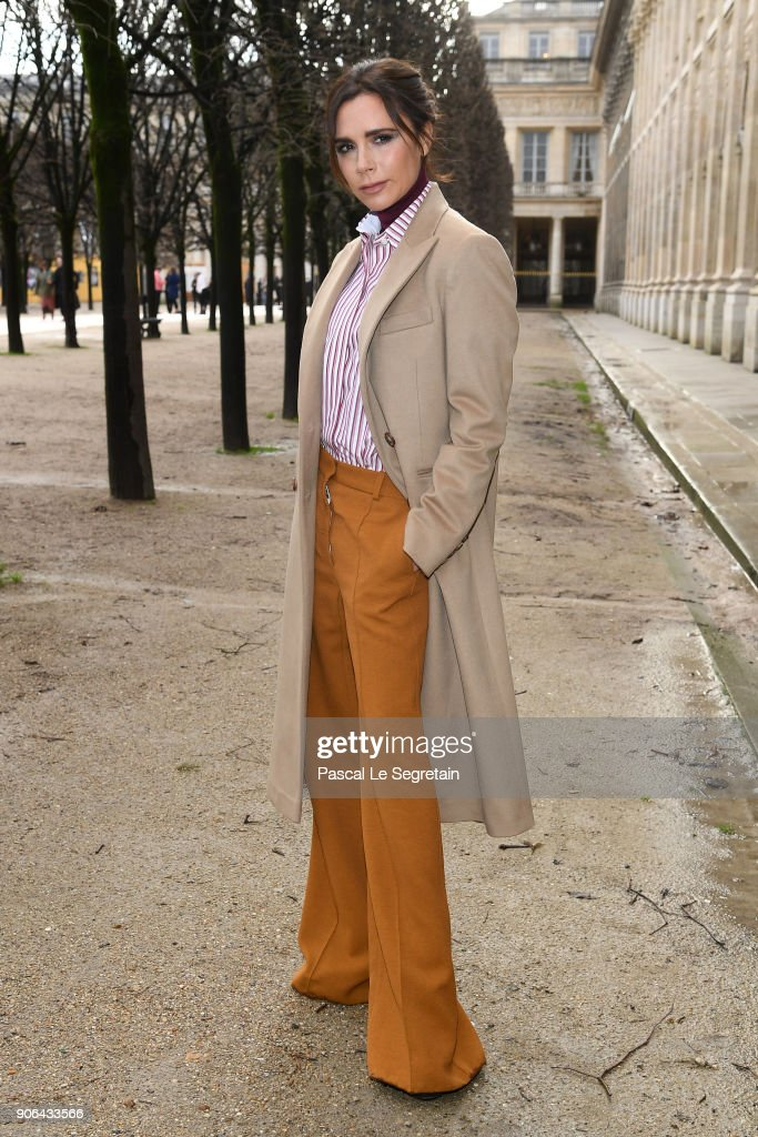 Victoria Beckham attends the Louis Vuitton Menswear Fall/Winter 2018-2019 show as part of Paris Fashion Week on January 18, 2018 in Paris, France.