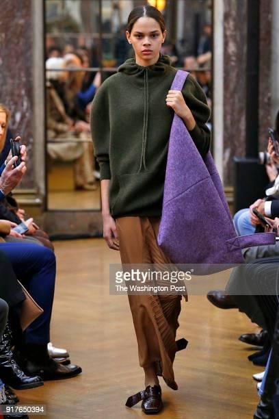 Victoria Beckham Fall Winter 201819 Collection
