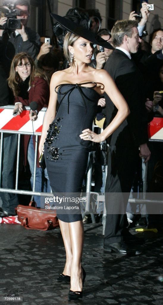 Victoria Beckham leaves the Hassler Hotel prior to the wedding of actors Katie Holmes and Tom Cruise at Castello Odescalchi on November 18, 2006 in Rome, Italy.