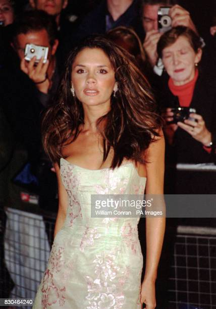 Victoria Beckham Posh Spice in pop girl band the Spice Girls arriving for the ELLE Style Awards at Park Lane Hotel in London's Piccadilly *18/05/01...