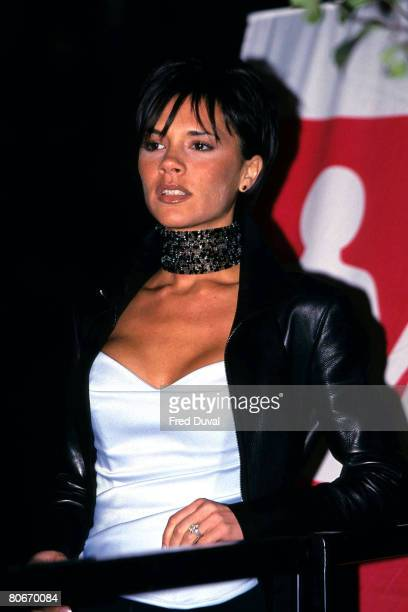 Victoria Beckham Turns on the Bond Street Lights London November 1 1999