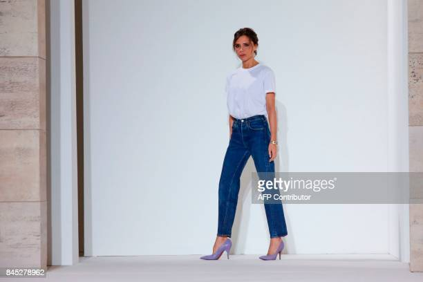 Victoria Beckham walks the runway at the end of her SS18 show during New York Fashion Week on September 10, 2017 in New York. / AFP PHOTO / EDUARDO...