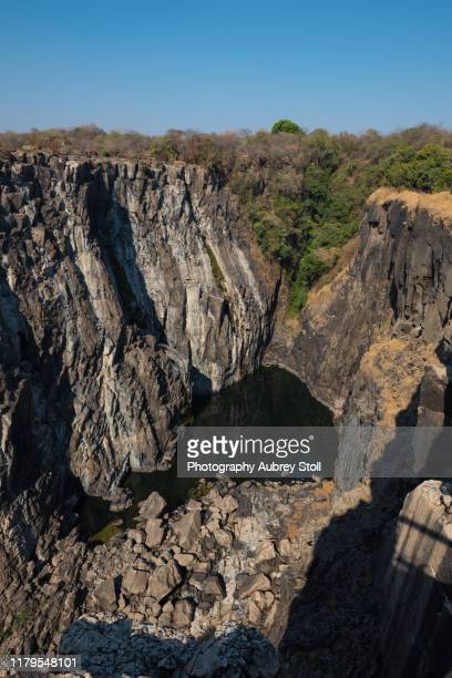 victoria falls dry season - victoria falls stock pictures, royalty-free photos & images