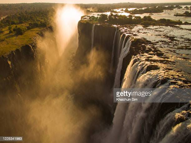 victoria falls zimbabwe - victoria falls stock pictures, royalty-free photos & images