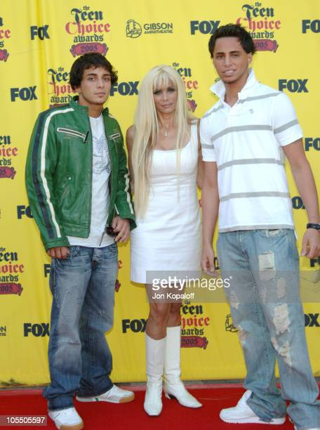 Victoria Gotti with John Gotti Jr and Frank Gotti