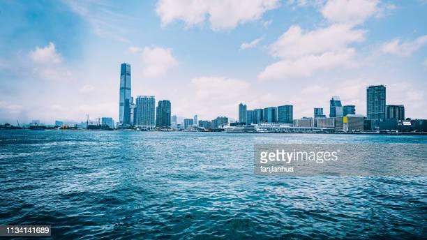victoria harbor,hong kong,china - victoria harbour hong kong stock pictures, royalty-free photos & images
