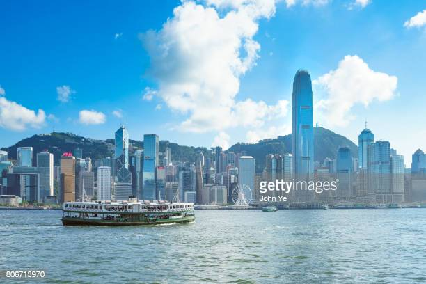 victoria harbour - victoria harbour hong kong stock pictures, royalty-free photos & images