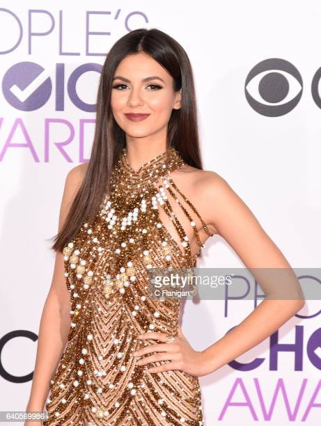 Victoria Justice attends the People's Choice Awards 2017 at Microsoft Theater on January 18 2017 in Los Angeles California