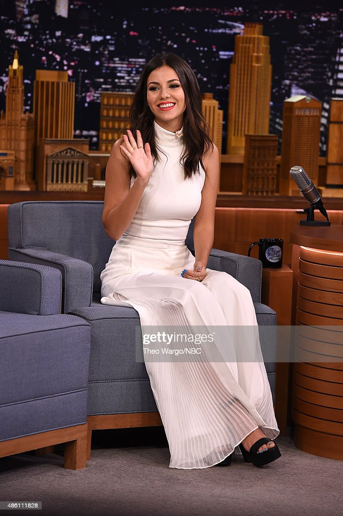 Victoria Justice Visits 'The Tonight Show Starring Jimmy Fallon' : News Photo