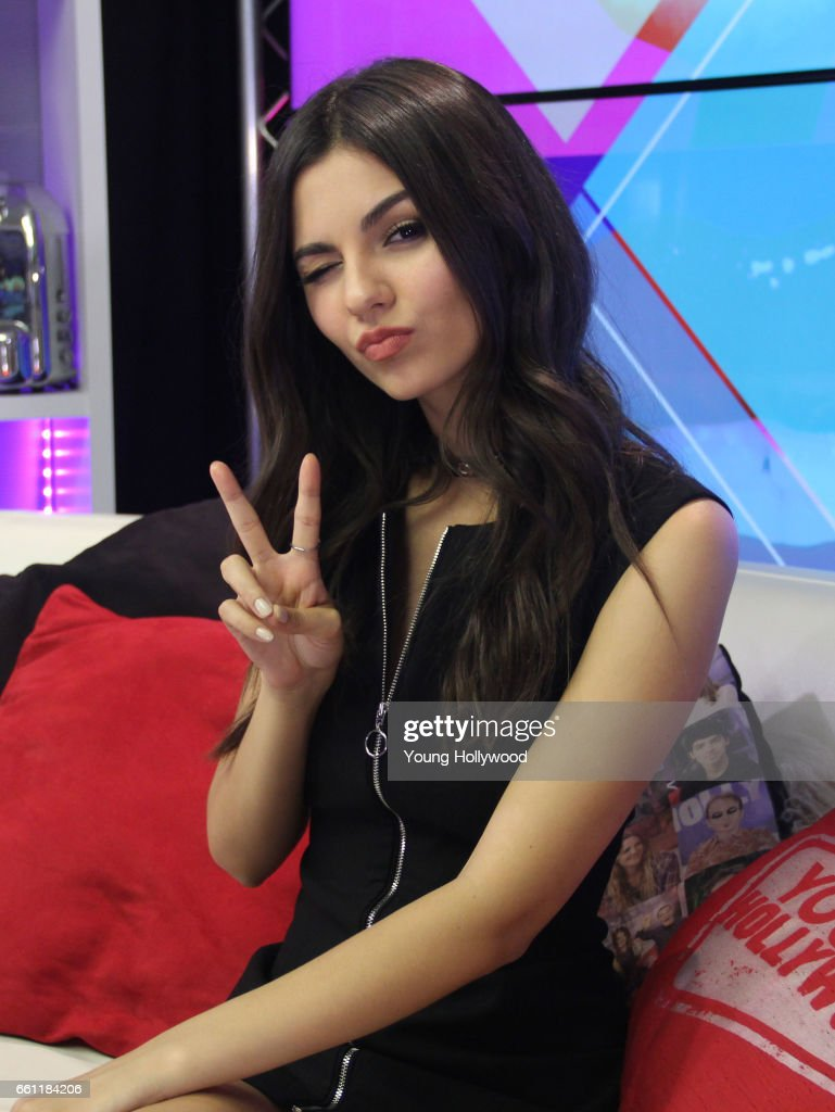 Victoria Justice Visits Young Hollywood Studio