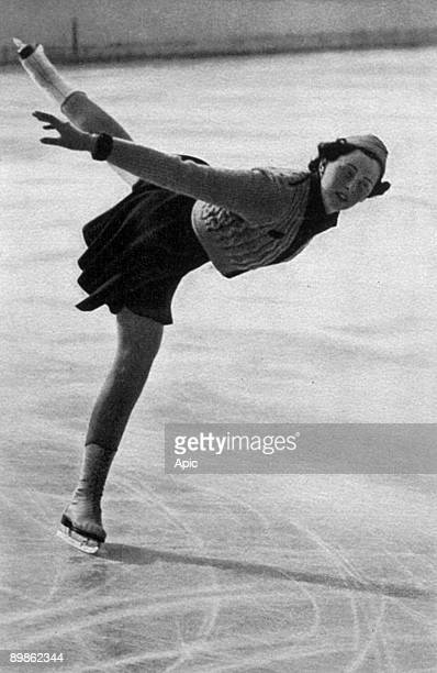 Victoria Lindpaintner German figure skater at the Olympic Winter Games in Garmisch-Partenkirchen in 1936