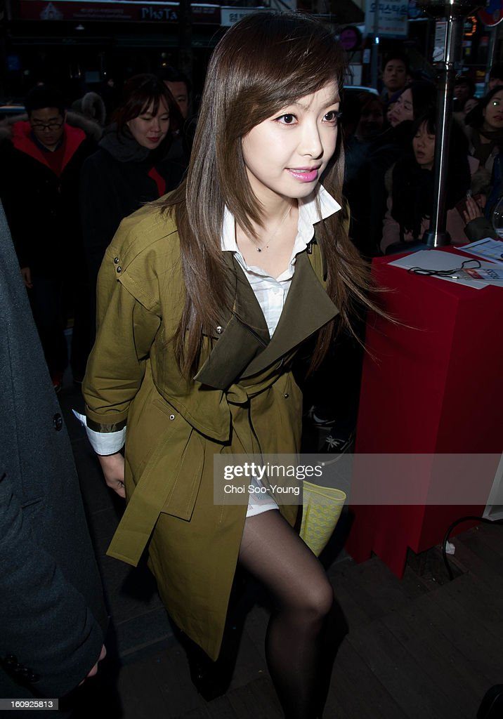 Victoria of f(x) attends Samsonite RED 2013 S/S Launch Event at Coffee Smith on February 7, 2013 in Seoul, South Korea.