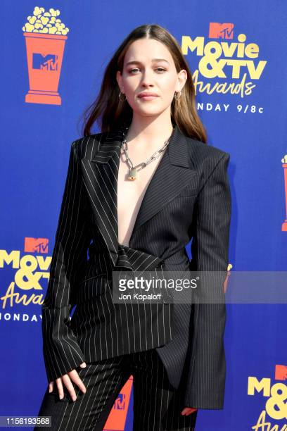 Victoria Pedretti attends the 2019 MTV Movie and TV Awards at Barker Hangar on June 15 2019 in Santa Monica California