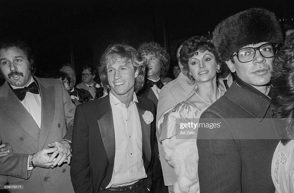 Victoria Principal and Andy Gibb : Nachrichtenfoto