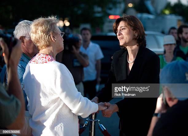 Victoria Reggie Kennedy wife of Senator Edward M Kennedy greeting people waiting in the 3 plus hour line to pay respects to Senator Edward M Kennedy...