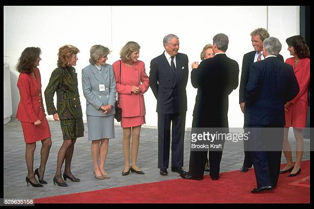 Victoria Reggie Pat Lawford Jean SmithEunice Sargent Shriver Ethel Kennedy and Bill Clinton