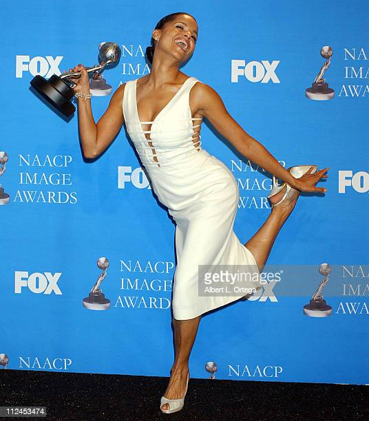 Victoria Rowell Outstanding Actress in a Daytime Series