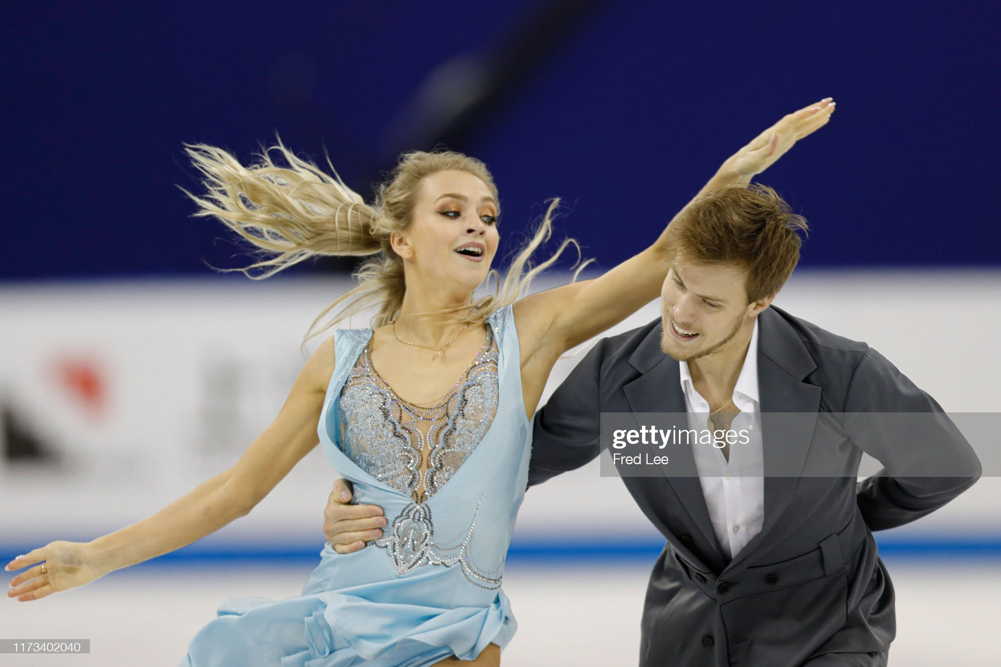 Shanghai Trophy (Invitational). 3-5 октября 2019. Шанхай (Китай) - Страница 3 Victoria-sinitsina-and-nikita-katsalapov-of-russia-compete-in-the-ice-picture-id1173402040?s=2048x2048