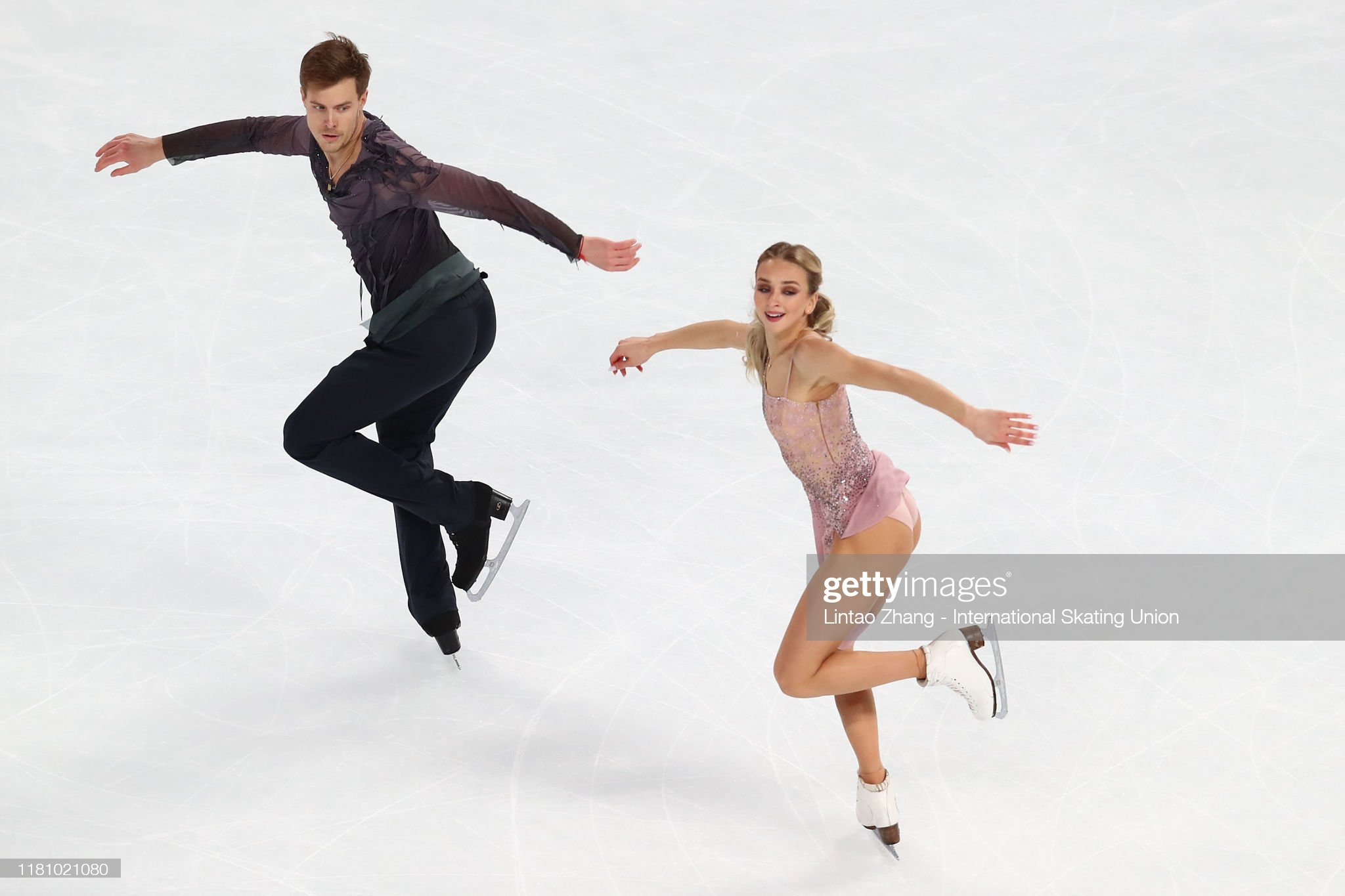 https://media.gettyimages.com/photos/victoria-sinitsina-and-nikita-katsalapov-of-russia-performs-in-the-picture-id1181021080?s=2048x2048