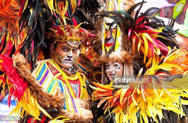 victoria street karneval - insel gozo malta stock-fotos und bilder