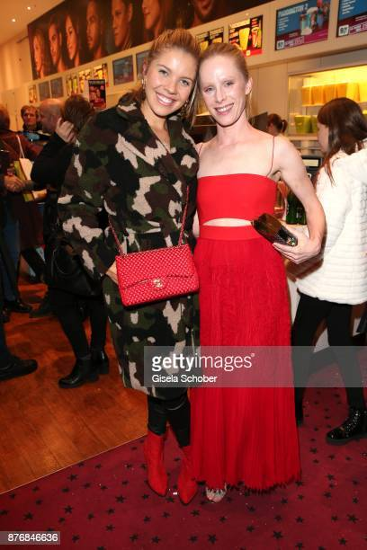 Victoria Swarovski and Susanne Wuest during the premiere of 'Der Mann aus dem Eis' at Cinemaxx on November 20 2017 in Munich Germany