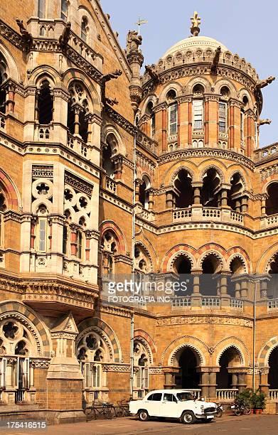 victoria train station, mumbai - mumbai stock pictures, royalty-free photos & images