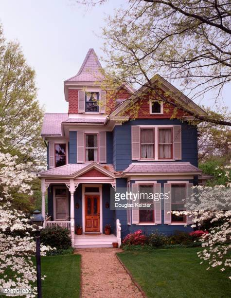 victorian house - victorian stock pictures, royalty-free photos & images