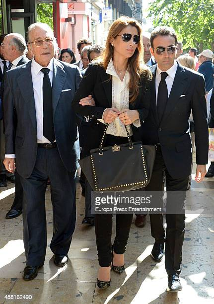 Victoriano Valencia, Paloma Cuevas and Enrique Ponce attend the funeral for the Spanish bullfighter Jose Maria Manzanares at Cathedral of San Nicolas...