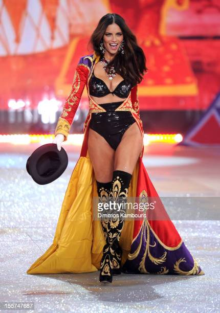 Victoria's Secret Angel Adriana Lima walks the runway during the 2012 Victoria's Secret Fashion Show at the Lexington Avenue Armory on November 7...