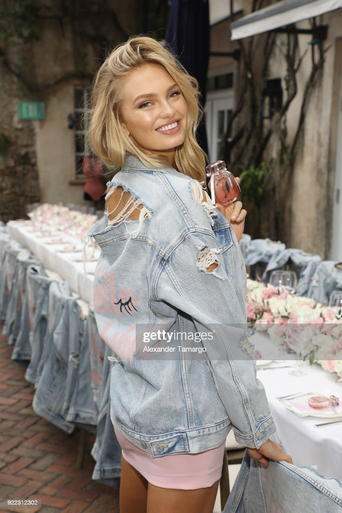 Victoria's Secret Angel Romee Strijd Celebrates The Launch Of Victoria's Secret Bombshell Seduction Fragrance In Miami : News Photo