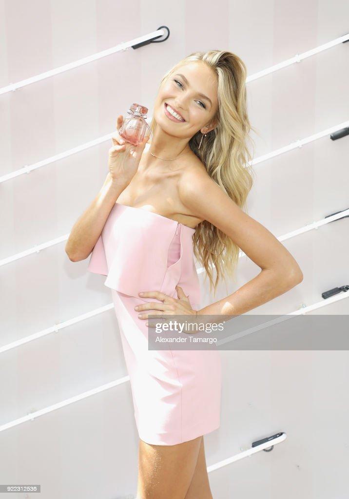 Victoria's Secret Angel Romee Strijd Celebrates The Launch Of Victoria's Secret Bombshell Seduction Fragrance In Miami : News Photo
