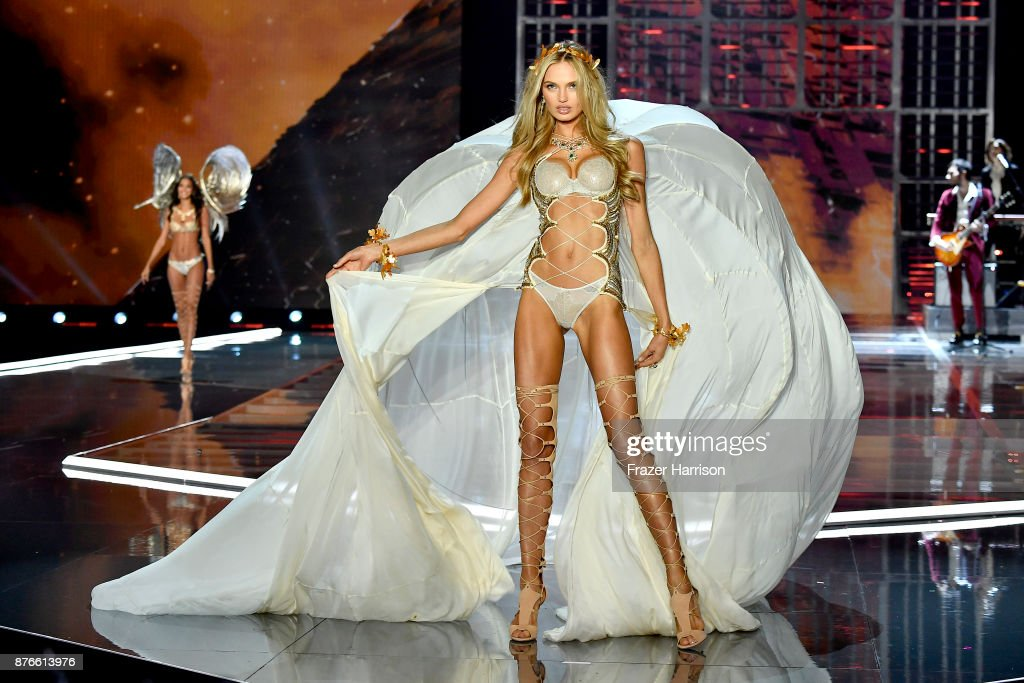 Victoria's Secret Angel Romee Strijd walks the runway during the 2017 Victoria's Secret Fashion Show In Shanghai at Mercedes-Benz Arena on November 20, 2017 in Shanghai, China.