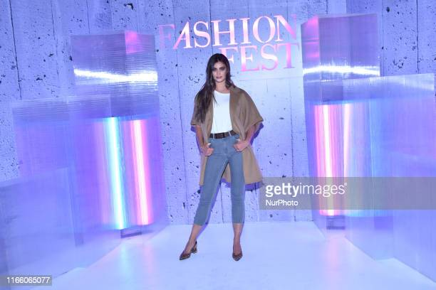 Victoria's Secret Model Taylor Hill poses for photos during a press conference to promote the Fashion Fest Autumn/Winter 2019 at Estacion Indianilla...