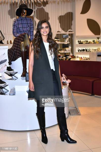 Victoria's Secret Model Taylor Hill poses for photos during a store tour to promote the Fashion Fest Autumn/ Winter 2019 at Liverpool Polanco on...