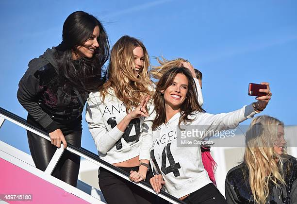 535b7eca067a3 Victoria's Secret Models Adriana Lima Behati Prinslooand and Alessandra  Ambrosio pose for a picture before they