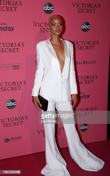 S SECRET FASHION SHOW HOLIDAY SPECIAL Victoria's Secret's legendary Angels take to the runway for the 2018 Victoria's Secret Holiday Special...