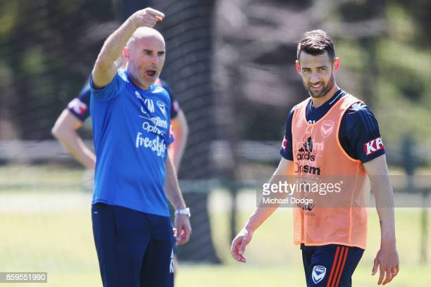 Victory head coach Kevin Muscat gestures at Carl Valeri during a Melbourne Victory ALeague training session at Gosch's Paddock on October 10 2017 in...